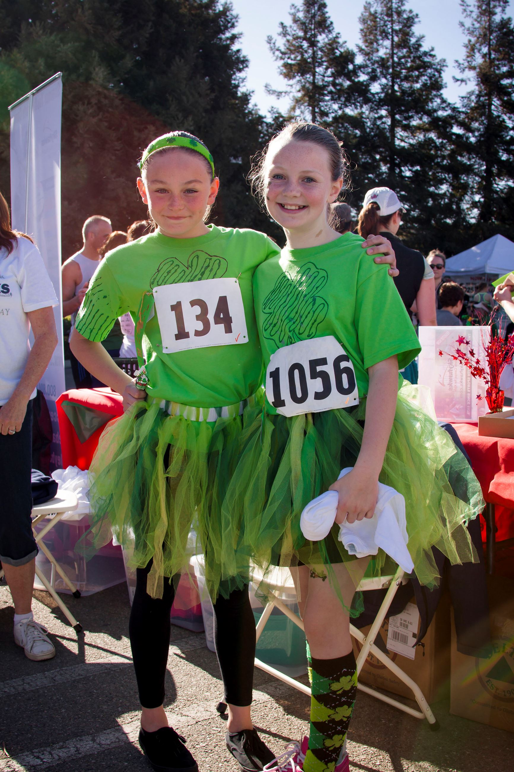 Race - Little Green tutu twins